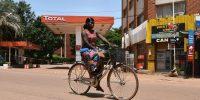 Qué promueve la igualdad de género en los países en desarrollo