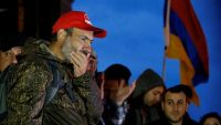 Armenian opposition leader Nikol Pashinyan attends a rally with supporters in the country's second largest city of Gyumri, Armenia, on 27 April 2018. REUTERS/Gleb Garanich