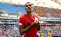 Paolo Guerrero celebra después de anotar el segundo gol de Perú durante el partido de la Copa del Mundo contra Australia, el 26 de junio. Credit Stu Forster/Getty Images