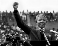 Nelson Mandela two days after his release after 27 years as a political prisoner. Joanne Rathe/The Boston Globe, vía Getty Images