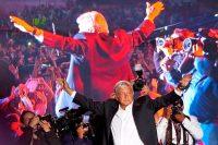 Andrés Manuel López Obrador, candidato a la presidencia de México, cerró su campaña el 27 de junio de 2018 en Ciudad de México. Credit Ramón Espinosa/Associated Press
