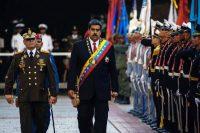 Vladimir Padrino, ministro del Poder Popular para la Defensa, y el presidente venezolano, Nicolás Maduro, en Caracas, el 24 de mayo de 2018 Credit Christian Hernández/EPA, vía Shutterstock