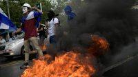 Protestas de universitarios en Managua contra Daniel Ortega, el presidente de Nicaragua. MARVIN RECINOS AFP