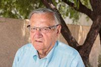 Joe Arpaio, exalguacil del condado Maricopa, en Arizona, perdió en las elecciones internas del Partido Republicano para el Senado. Credit Caitlin O'Hara para The New York Times
