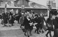 Finnish refugee children arriving in Copenhagen in March 1940. Credit Credit Keystone-France/Gamma-Keystone, via Getty Images