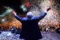 El presidente electo de México, Andrés Manuel López Obrador, agradeció a las miles de personas que celebraron su triunfo en las elecciones presidenciales, el 1 de julio. Credit Pedro Pardo/Agence France-Presse — Getty Images