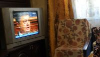 A television broadcast of the inauguration of Ukrainian President Petro Poroshenko in 2014. Photo: Getty Images.