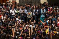 El líder de la oposición, Juan Guaidó, juramentado presidente encargado de Venezuela, en un mitin en Caracas, el 25 de enero de 2019 CreditMeridith Kohut para The New York Times