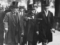 El 'Big Three', en Versalles: Lloyd George, Clemenceau, bastón en ristre, y Woodrow Wilson.