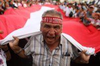 El 3 de enero de 2019, se organizó una protesta ciudadana contra la corrupción en Lima. Credit Mariana Bazo/Reuters