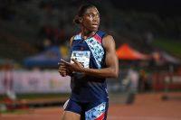 Caster Semenya, corredora olímpica de 800 metros planos, en una carrera en abril. La sudafricana ahora no podría competir sin medicarse para reducir sus niveles naturales de testosterona. Credit Agence France-Presse — Getty Images