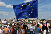 More than 250,000 people gathered in central Prague on Sunday, June 23, 2019, calling for the resignation of Prime Minister Andrej Babis and his government. Protesters carried the flag of the European Union. (Photo courtesy of Milada Anna Vachudova.)