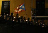 Manifestantes llevaron veladoras durante la protesta masiva del 23 de julio de 2019 en la que pedían la renuncia de Ricardo Rosselló. Credit Joe Raedle/Getty Images