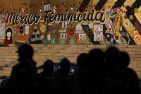 El Ángel de la Independencia antes de las demostraciones por el Día Internacional de la Eliminación de la Violencia Contra la Mujer en Ciudad de México el 25 de noviembre de 2019. (Rebecca Blackwell/AP Photo)