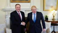 Mike Pompeo meets Boris Johnson in London on 30 January. Photo: Getty Images.
