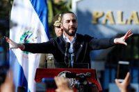 Nayib Bukele, el presidente de El Salvador, se dirigió a la nación afuera de la Asamblea Legislativa el 9 de febrero de 2020.
