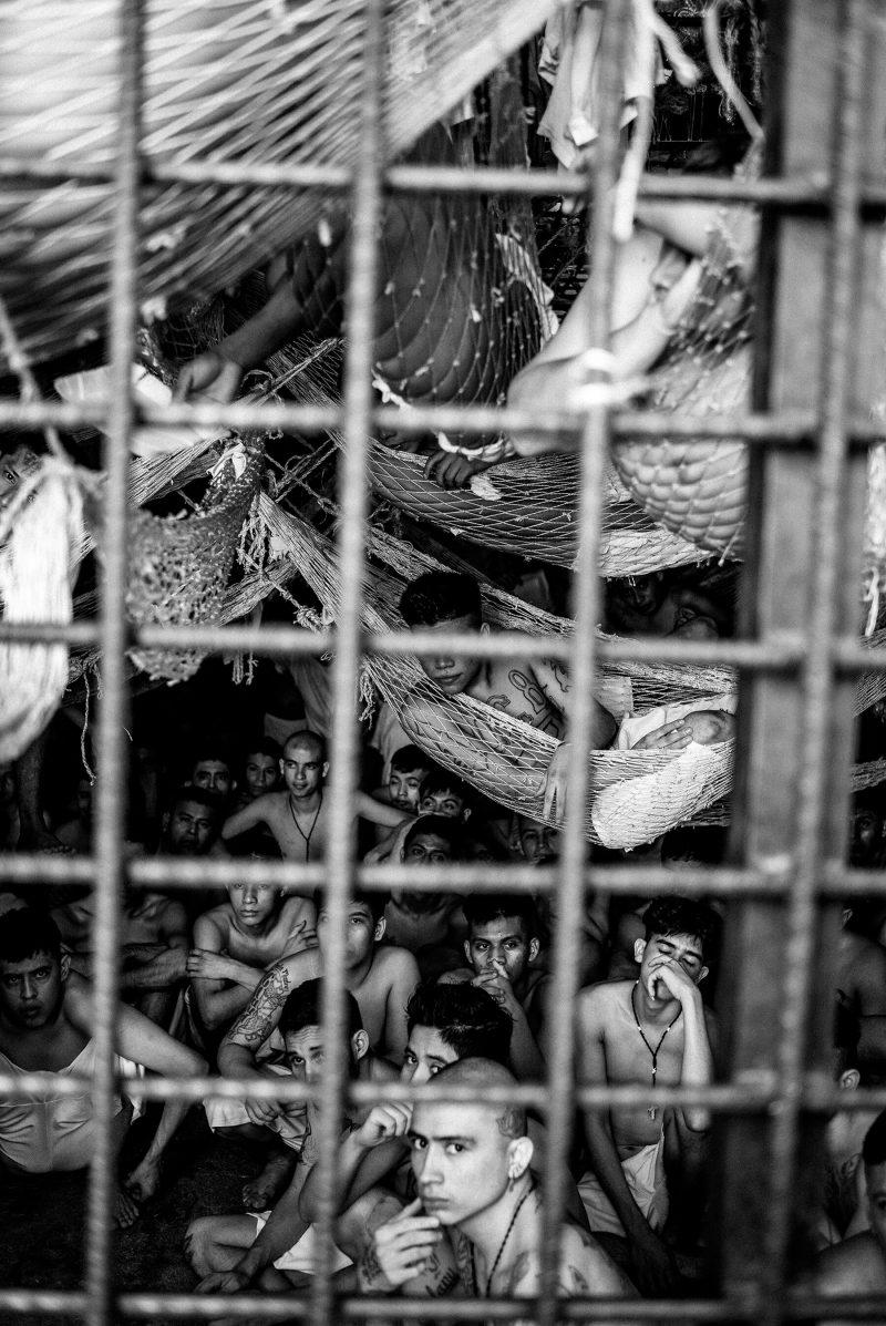 Inside El Salvador's prisons-6