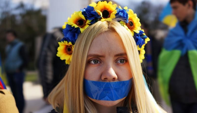 Rally in support of keeping Crimea as part of Ukraine. Photo by Spencer Platt/Getty Images.