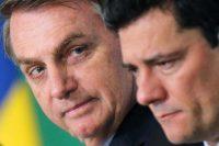 A la izquierda, Jair Bolsonaro; a la derecha, Sérgio Moro, en octubre de 2019Credit...Adriano Machado/Reuters