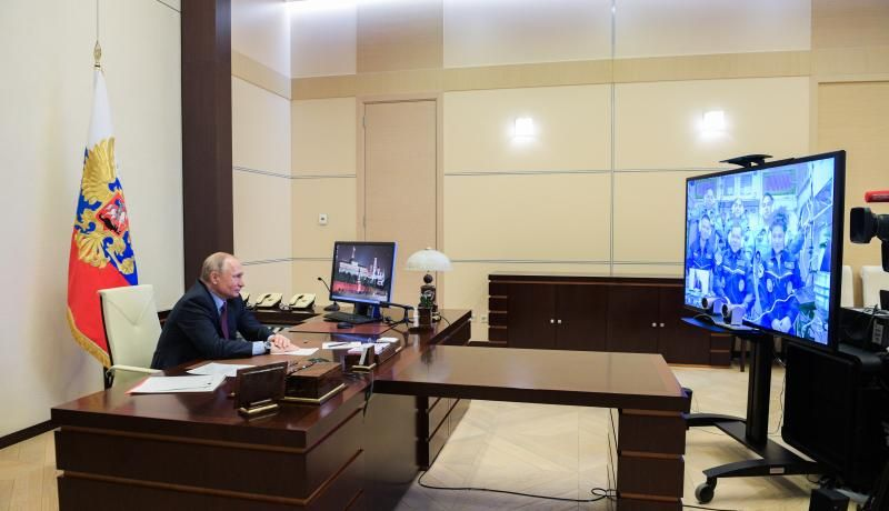 Russia's President, Vladimir Putin, during a video link with cosmonauts on the International Space Station (ISS). Photo: Getty Images.