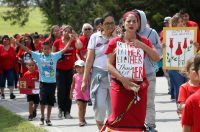 Miranda Muehl, of Mustang, Okla., marches during a protest for justice for missing and murdered indigenous women in Concho, Okla. on June 14, 2019. (Sue Ogrocki/AP)
