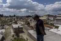 Cementerio del pueblo La concepción de los baños, en el Estado de México, rebasado por la pandemia, este julio.Hector Guerrero
