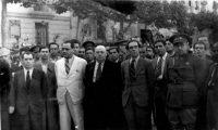 Vicente Uribe, Juan Negrín, Indalecio Prieto, Jesús Hernández y el general Vicente Rojo en el acto de despedida, en Barcelona, de las Brigadas Internacionales (1938).