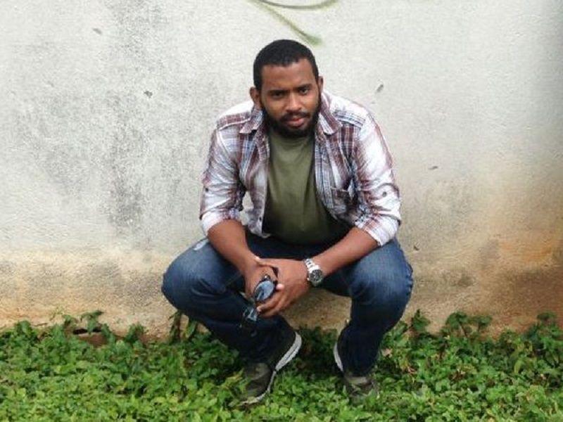 El periodista cubano Abraham Jiménez. PABLO DE LLANO