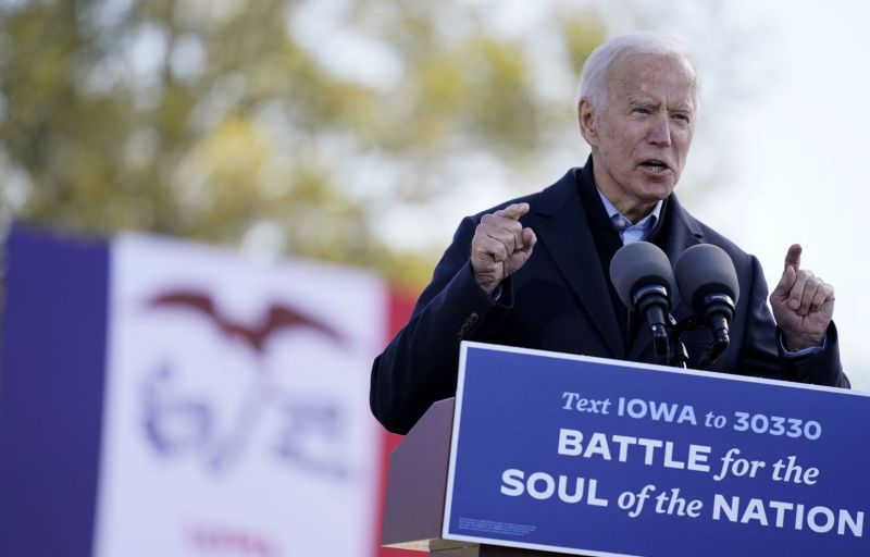 Photo: Andrew Harnik Associated Press «Le candidat Biden, réputé pour son pragmatisme et son sens du compromis, n'a pas été jusqu'à maintenant clair sur les objectifs de sa politique étrangère, au-delà de son opposition à Trump et de son désir de réparer les pots cassés depuis quatre ans», écrit l'auteur.
