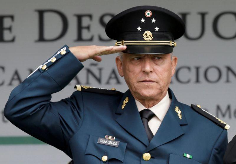 El general Salvador Cienfuegos, secretario de Defensa Nacional durante el sexenio de Enrique Peña Nieto, en septiembre de 2016. Credit Henry Romero/Reuters