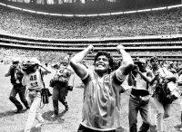 Après le quart de finale Argentine-Angleterre, le 22 juin 1986. Photo Presse Sports