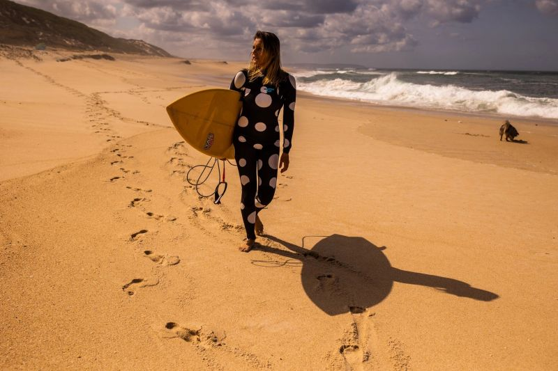 The professional surfer Maya Gabeira surfed the biggest wave of 2020, measuring 73.5 feet, off the Portuguese coast. Credit José Sarmento Matos for The New York Times