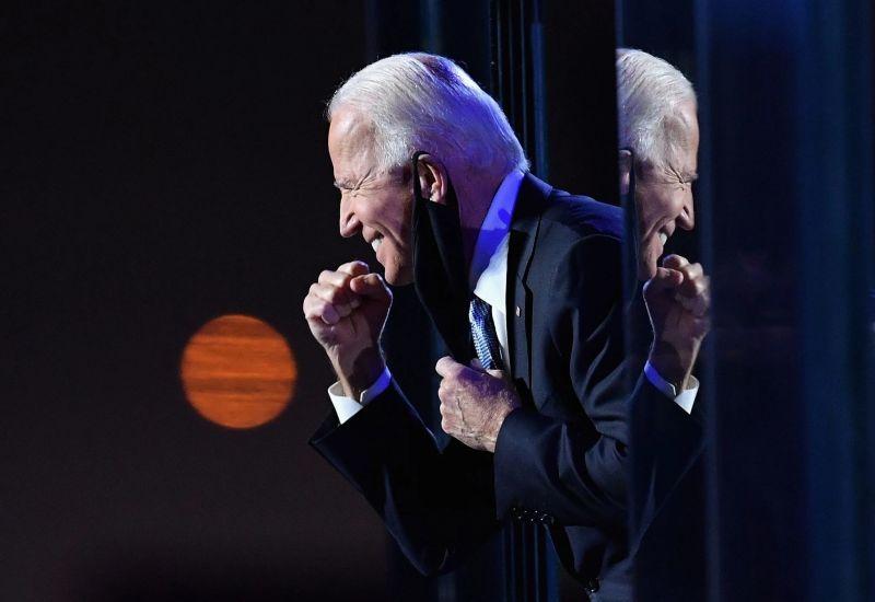 """El presidente electo de Estados Unidos, Joseph R. Biden Jr., se dirigió a la nación desde Wilmington, Delaware, el 7 de noviembre. """"Es hora de dejar de lado la retórica draconiana, bajar la temperatura, volver a verse, escuchar a los demás"""", dijo. Credit Angela Weiss/Agence France-Presse — Getty Images"""