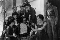 Un momento de 'Los olvidados', una de las películas que hizo Luis Buñuel en México.