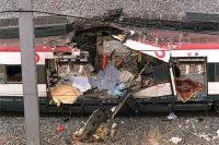 Restos de los vagones en la estación de Atocha por el atentado del 11 de marzo de 2004.