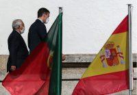 A la izquierda, Antonio Costa, el primer ministro de Portugal; a la derecha, Pedro Sánchez, presidente del gobierno español. Credit Estela Silva/EPA vía Shutterstock