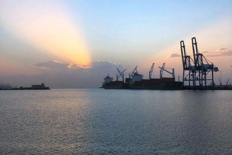 The port of Djibouti hosts a Chinese military base. (Max Bearak/The Washington Post)