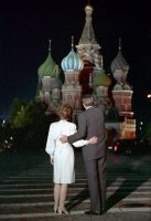 President Reagan and Nancy Reagan stop to see St. Basil's Cathedral during a visit to Moscow in 1988. (White House Photographic Office/National Archives)