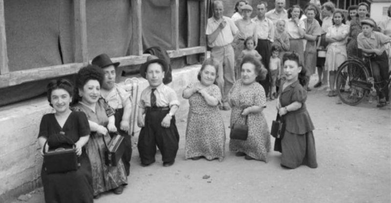 Familia Ovitz (judíos de Transilvania). Sobrevivieron a los experimentos de Mengele.