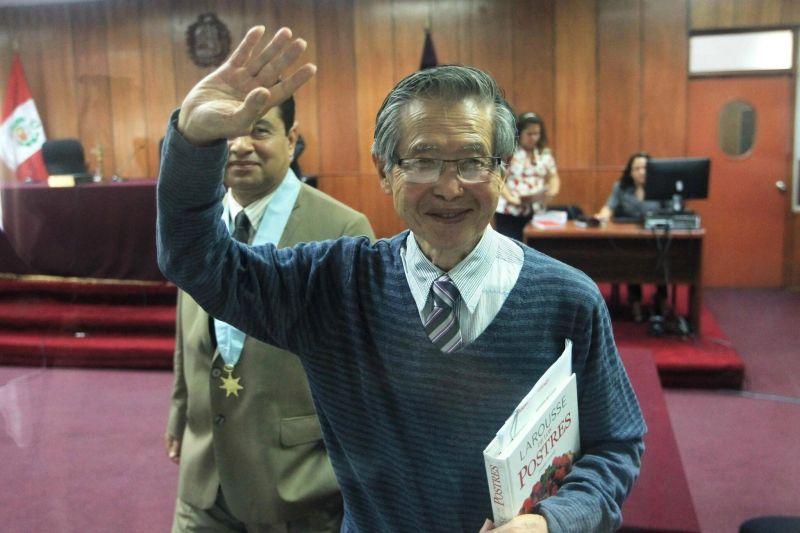 El expresidente Alberto Fujimori en un juicio en su contra en diciembre de 2014. Credit Paolo Aguilar/European Pressphoto Agency