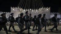 Policía fronteriza israelí en el barrio Sheikh Jarrah de Jerusalén.