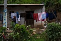 Una mujer en San Martín Sacatepéquez, Guatemala. Moises Castillo/Associated Press
