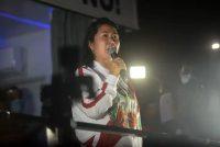 Keiko Fujimori, candidata presidencial del partido Fuerza Popular, habla a simpatizantes durante una marcha en Lima, Perú, el sábado 12 de junio de 2021. (Miguel Yovera/Bloomberg)