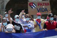 Residentes cubanos en República Dominicana se manifiestan en apoyo de las protestas contra el régimen cubano.RICARDO ROJAS / Reuters
