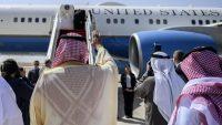 U.S. Secretary of State Mike Pompeo boards a plane at the King Khalid International Airport in Riyadh, Saudi Arabia, 20 February 2020. Andrew Caballero-Reynolds/Pool via REUTERS