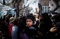Organizaciones sociales demandan ayuda económica en Buenos Aires, Argentina, el 16 de septiembre de 2021. En los 'Pandora Papers', fue el tercer país con más sociedades 'offshore'. (Juan Ignacio Roncoroni/EPA-EFE/Shutterstock)